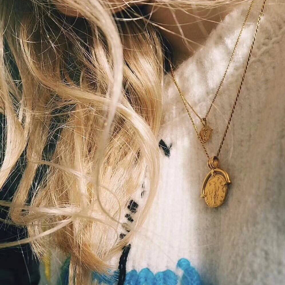Vintage Carved Coin Necklace For Women Fashion Gold Silver Color Medallion Necklace Trendy Pendant Long Necklaces Boho Jewelry (5)