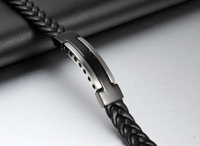 Latest 316L Stainless Steel Casual Handmade Knitted Black Genuine Leather Bracelet for Men
