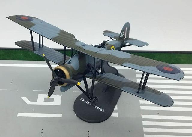 AMER 1: 72 Guerra Mundial II de Gran Bretaña Pez Espada Aleación modelo biplano avión de ataque torpedo Rara colección modelo de aeronave