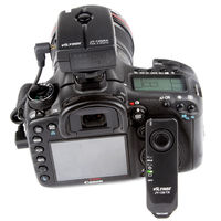 2 4GHz Wireless Remote Shutter Release For Canon 700D 650D 600D 70D 60D 550D 450D 1100D