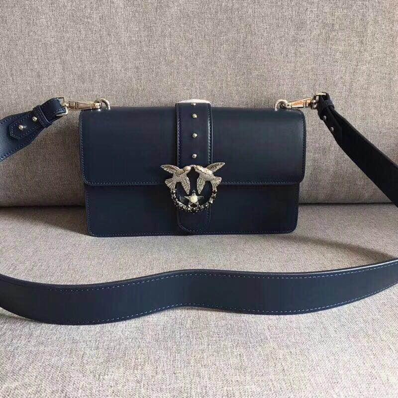 577770902608 2018 Newest Fashion swallow lock messenger bag luxury famous brand style  bags women handbag genuine leather chains bolsas - Shop By Lifestyle