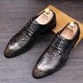 Los hombres italianos diseño vestido formal oficina de negocios transpirable zapatos de cuero genuino de grano del cocodrilo oxfords remaches zapato caballero
