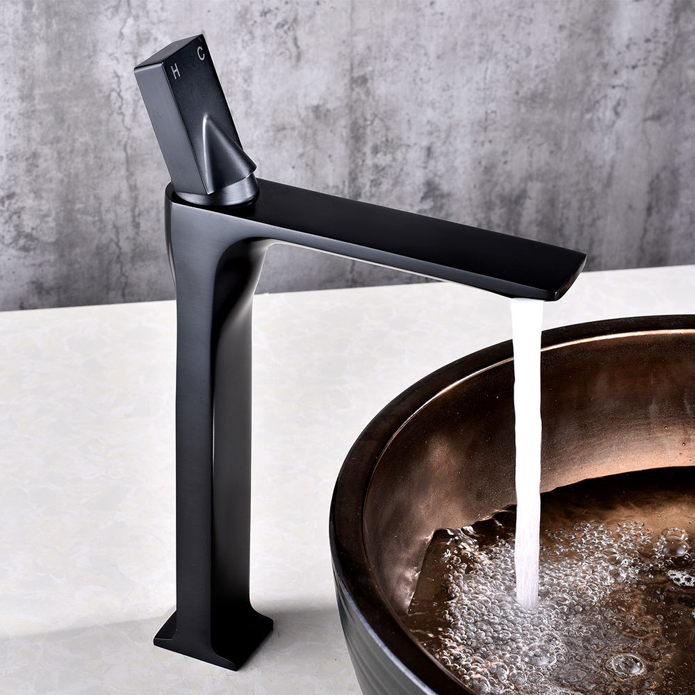 Bathroom Sink Faucet Grifo Bano Basin Faucet Retro Black Bronze Faucet Taps Single Handle Hole Bath Hot and Cold Mixer Tap Crane free shipping bronze polished bathroom faucet mixer tap basin sink cold and hot water taps flower carved single handle jp275