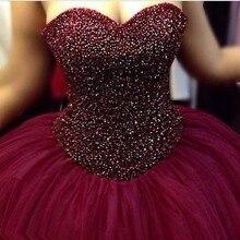 2017 Dubai Arabisch Saudi-arabien Heißer Verkauf Weinrot Ballkleid Abendkleider Tüll Schatzausschnitt Perlen Puffy Brautkleider