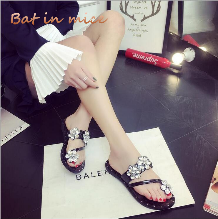 New Summer Fashion Rome Style Flower Shoes Women Slippers Rhinestone Slides Vacation Beach Flip Flops Crystal Word slippers C243 new style fashion women summer flower high waisted denim shorts jeans hot beach pants sexy fashion retro personality wolovey 25
