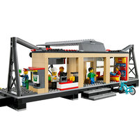 Lepin 02015 456PCS City Train Station Train Station Waiting Series Of Children Assembled Boy Toy Train