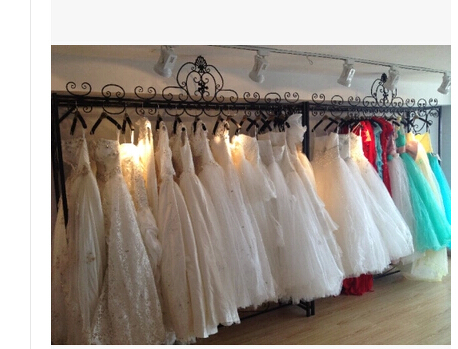 The new dress frame Wedding dress display rack Wrought iron wedding ...