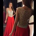 De moda de lujo largo rojo vestido de fiesta 2016 elegante bajo pecho con cuentas de cristal de las mujeres vestido de noche formal del partido del desfile de noche de las gallinas