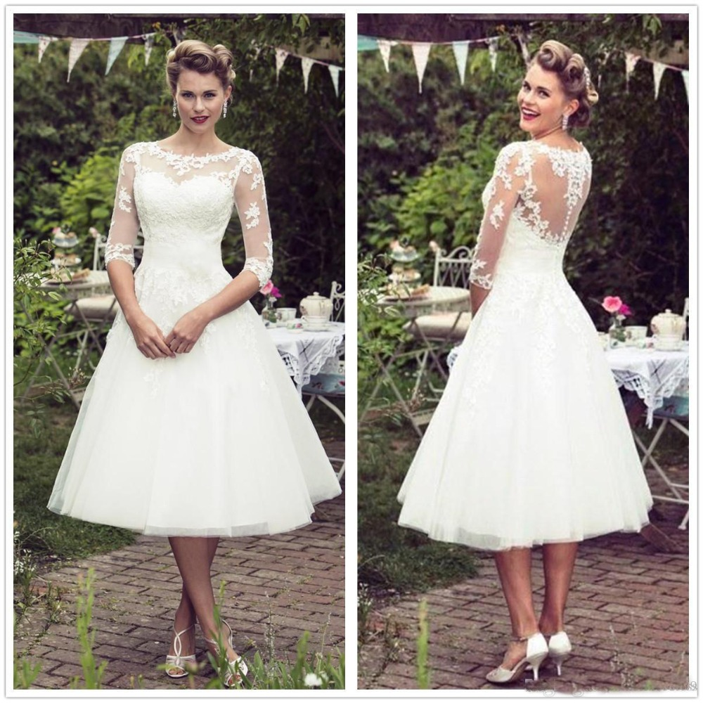 b23e832dec Vintage 50 s Style Short Wedding Dresses Lace Half Sleeves Tulle Lace Applique  Tea Length Bridal Wedding Gowns With Buttons