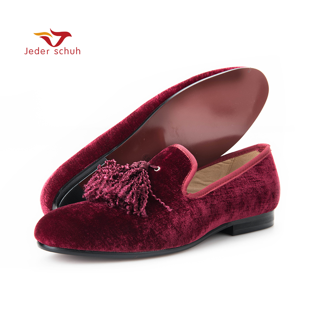 Handmade new fashion fabric tassel men velvet shoes British nobility style party and wedding loafers Men dress shoe men's flats men loafers paint and rivet design simple eye catching is your good choice in party time wedding and party shoes men flats