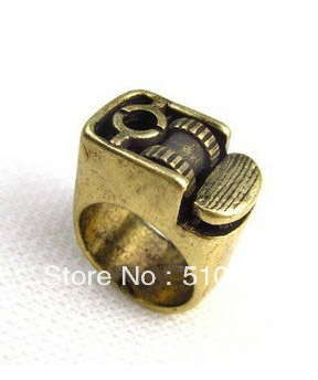 Hot Fashion Movable Cigarette Lighter Ring