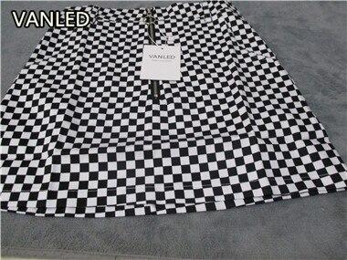 HTB1PflDQFXXXXXWXpXXq6xXFXXXw - vintage Black White Plaid Circle Zipper Women Slim Skirt PTC 195