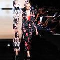 Европейский Женщины Весна Осень Двойной Набор Зубчатый Воротник Блузки + Лодыжки длина Брюки Взлетно-Посадочной Полосы Моды Тонкий 2 Шт. брюки Набор