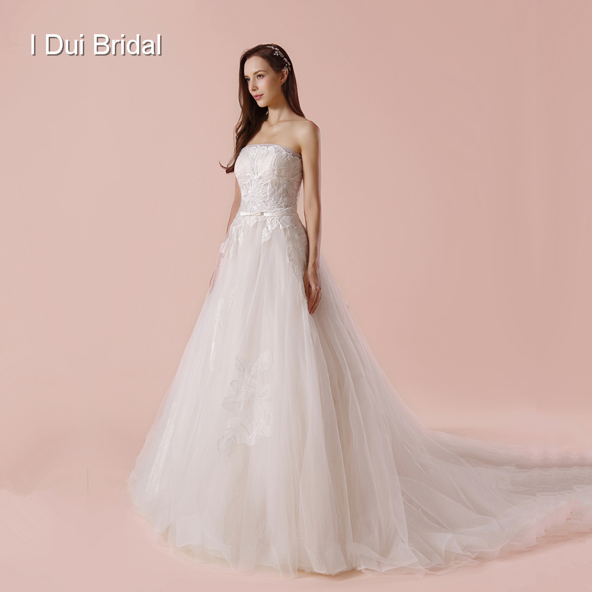 Strapless A Line Wedding Dress with Lace Appliqued Elegant New Bridal Gown