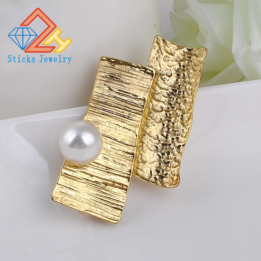 Brooches-00036 (120)