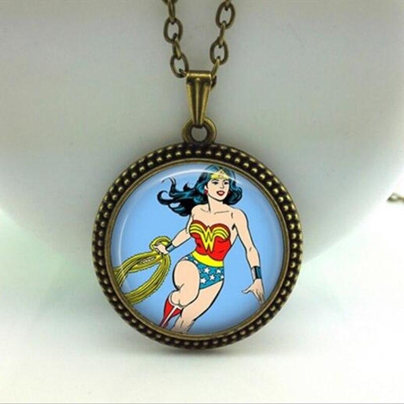 Мода 2017 горячей чудо-женщина Цепочки и ожерелья Wonder Woman Jewelry Стекло Фото Кулон Цепочки и ожерелья чудо-женщина кулон a-114-1 hz1