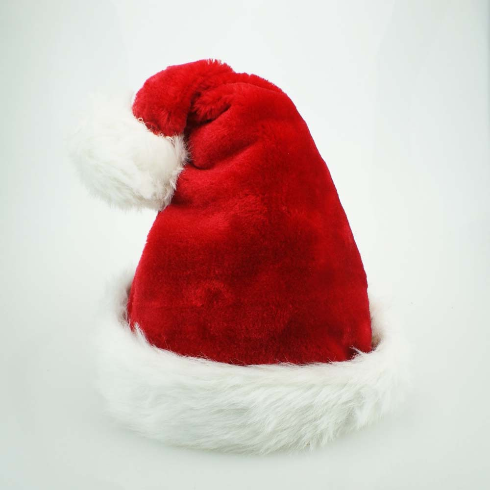 цена на High Quality Christmas Hats For Women Men Red Santa Claus Hat Family Party Decoration Accessories 2017 Adult Plush Holiday Gifts