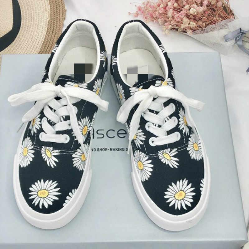 Sıcak 2019 Yeni Bahar Sonbahar Kadın Ayakkabı Sneakers Moda Papatya Çiçek Siyah rahat ayakkabılar Lace Up Düz Topuk Bayan Ayakkabıları w3-16