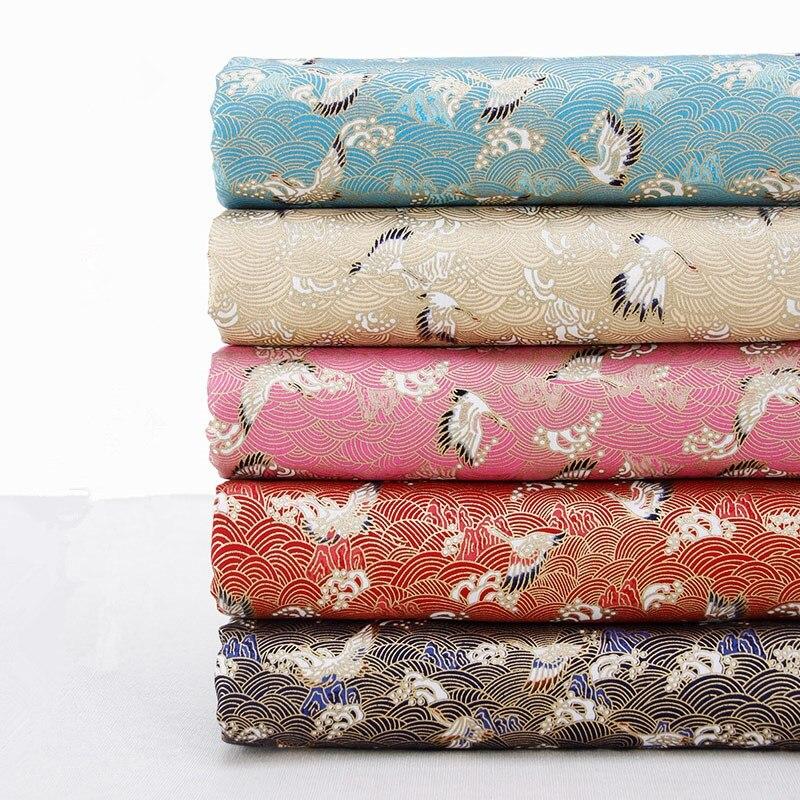 100% bavlna DIY tkanina pro domácí Dekorační polštáře / záclony Japonský styl Bronzovaný Ocean Wave a jeřáb Tkaniny textilní tkaniny