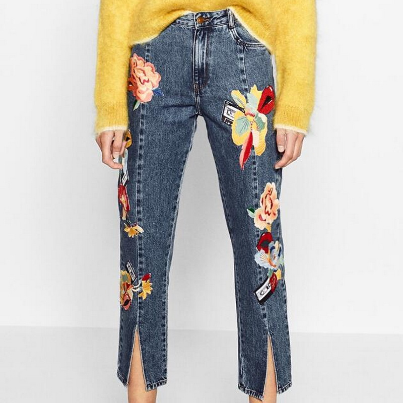 ФОТО Women Floral Embroidered Denim Jeans 2017 New Fashion High Waisted Cropped Trousers With Front Seam Slits Hem With Pockets L355