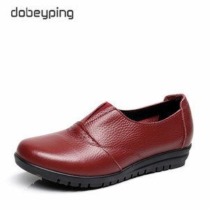 Image 2 - High Quality Genuine Leather Womens Casual Shoes Non Slip Flats Shoes Women Soft Mother Loafers Slip On Shoes Big Size 35 43