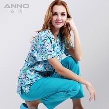 Modes! drukātas medicīniskās drēbes zilā jaukajam suņu audumam ar ērtu un elpojošu medicīnisko formu skrubēs