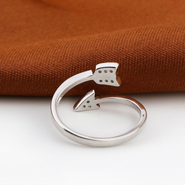 Shuangshuo Silver Plated Arrow Crystal Ring 2