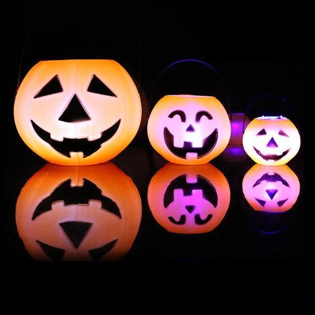 1Pcs 7cm/11cm/17cm Pumpkin Bucket Trick Or Treat Candy Bag LED Light Holder Halloween  Festive Party Supplies A30