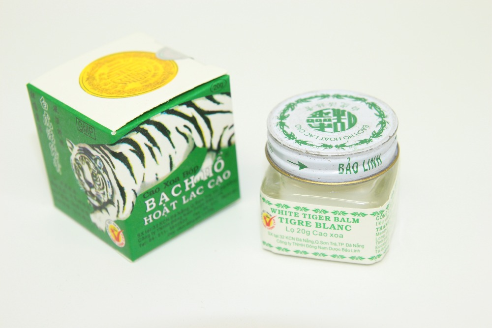 2pcs Vietnam 20g white tiger balm for Headache Toothache Stomachache baume tiger blanc cold dizziness essential balm natural herbal buddha ointment oil for headache toothache stomachache dizziness abdominal pain sciatica skin care body cream