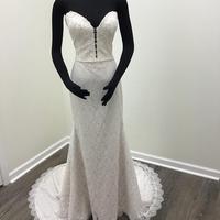 Lace Fit and Flare Wedding Dress 2019 Sweetheart Plunging Neckline Scallop Hem Long vestido de novia Sleeveless robe de mariee