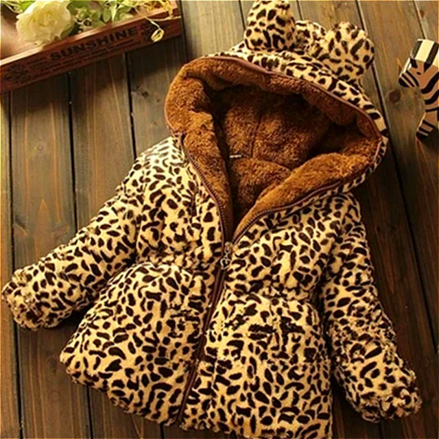 Girl Coat 2018 Winter Fashion Girl's Woolen Jacket Hat Minnie Double Breasted Cartoon Children's Coat 0-3 Year Old Thick Coat.