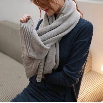 Korean version of the wool scarf female winter thickening long solid color cotton and linen feel wild knit student warm collar