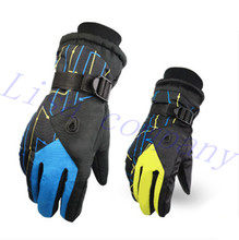 2016 hot sale a pair of winter riding warm gloves men and women waterproof outdoor ski glove thickening couple motorcycle gloves
