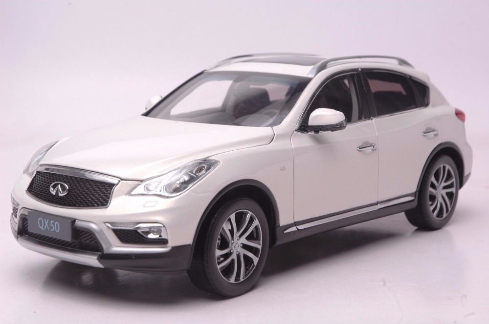 1:18 Diecast Model for Infiniti QX50 2016 White SUV Alloy Toy Car Miniature Collection Gift Ex25 Ex alloy diecast model trucks transport 1 50 engineering car vehicle scale truck collection gift toy