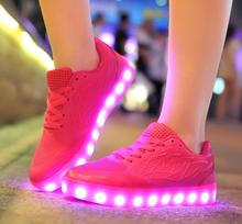 2017 Новые Конфеты Цветные Дышащие Дети Кроссовки свет Плоские Туфли USB Зарядки 7 цветов Светящиеся Девушки Повседневная Обувь 34-40