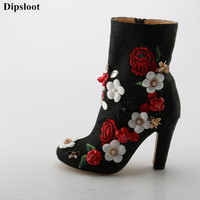 Dipsloot 2018 3D Flower Decorated Chunky Heels Dress Party Shoes For Ladies ide Zipper Ankle Boots Female Round Toe Short Boots