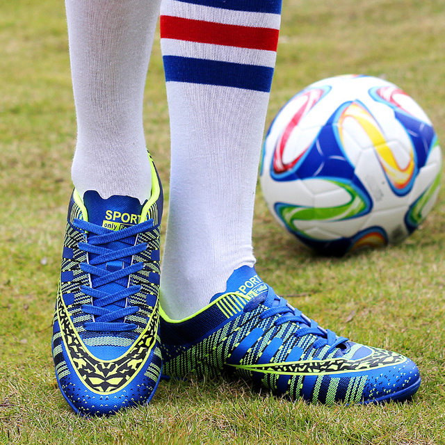 YEALON Man Soccer Shoes Superfly Chaussures Homme Cheap Soccer Boot Cleats Indoor Soccer Shoes Superfly Football Boots Men Women