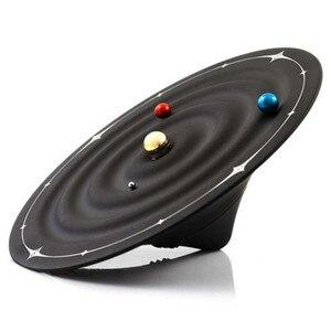 Image 1 - Relojes creativos de mesa con alarma y diseño moderno, relojes magnéticos con diseño de galaxia orbital, relojes de mesa con bolas y decoración para el hogar