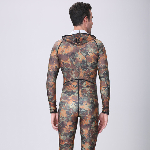 Dive&Sail spearfishing lycra couple suit  Camo Skin DIVE wetsuit  One piece With Hood Jump  UV proction  Men Women diving suit