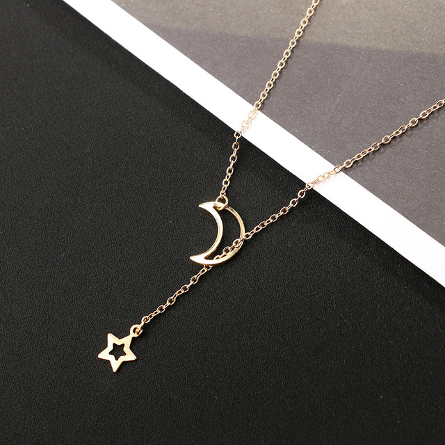 Best Necklace for Girlfriend Moon And Star