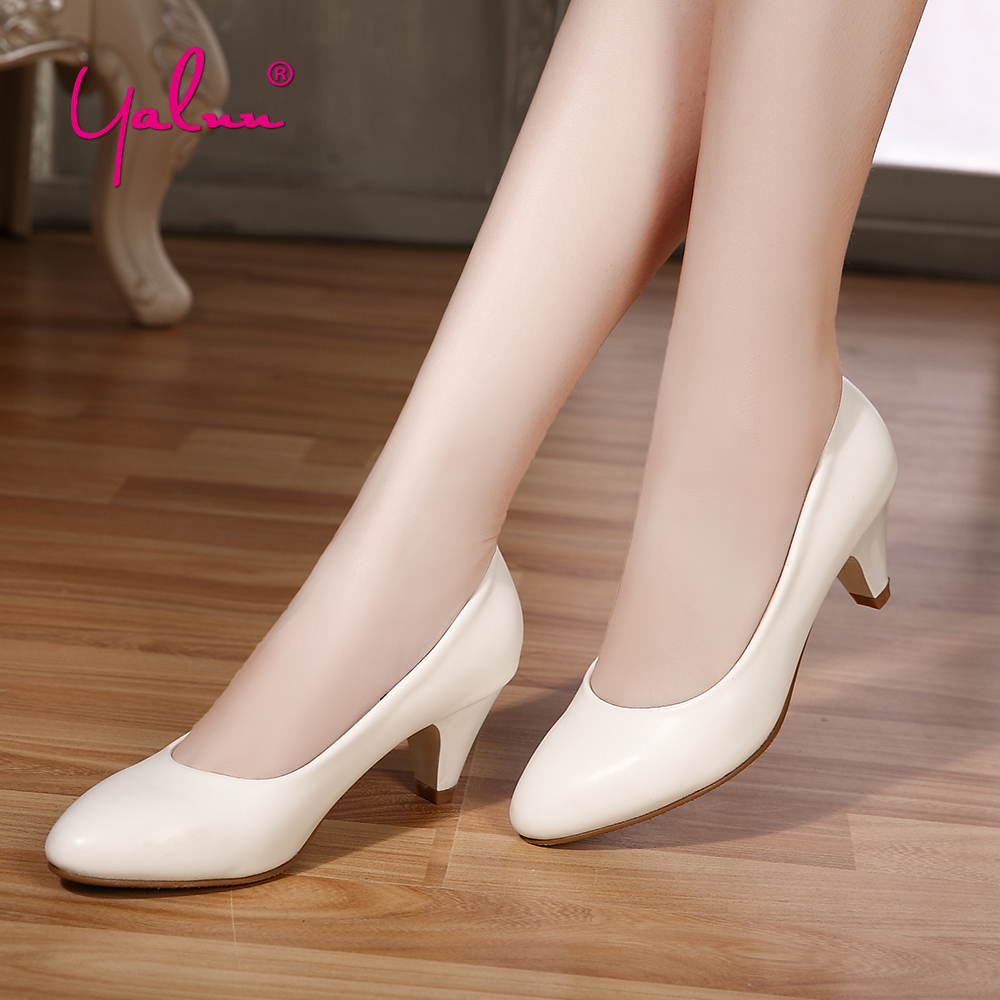 2018 New Thin Heel White Pumps Women Shoes Big Size Pointed Toe Slip-On Wedding Shoes Bride Spring Comfortable Office High Heels 2018 spring autumn new lace flower wedding shoes slip on round toe bridal shoes high heel women pumps shallow pointed toe 8 5cm