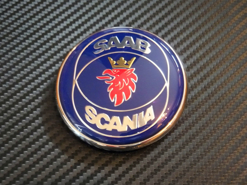 Nuevo Saab Scania 9-5 95 (98-02) capó emblema/insignia a estrenar parte 4911541 envío gratis