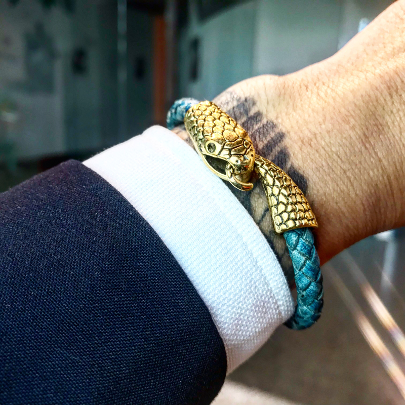 0295354b29bae Mcllroy leather bracelet men/stainless steel/luxury/bracelets bangles retro  snake bracelet homme male jewelry gift for mens 2018