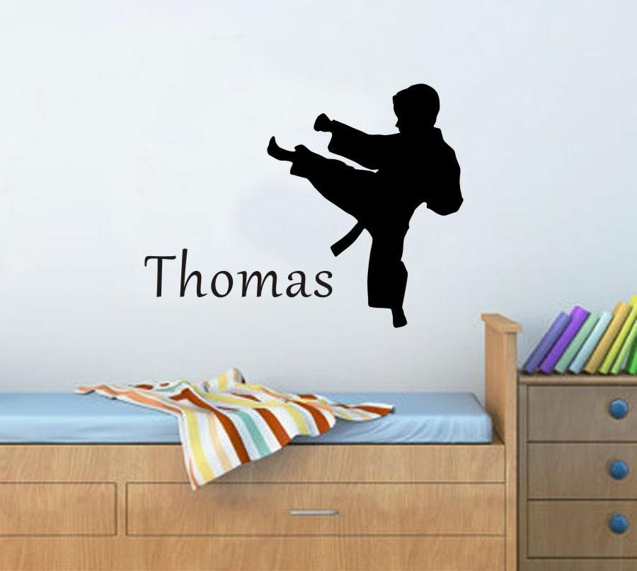 Карате Боевые искусства Персонализированные имя клиента детская комната съемный виниловые Стикеры Книги по искусству