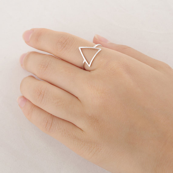 Simple Geometric Decorative Pattern Triangle Ring