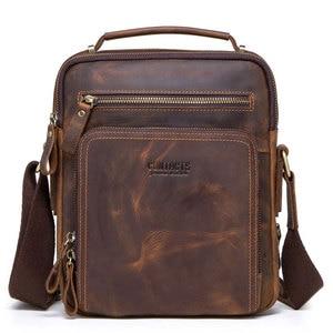 Image 2 - Erkek Çanta Omuz Crossbody Hakiki Deri askılı çanta Retro Küçük Erkek Paketi Geri Mochila Flap Iş Seyahat Çanta Hediye