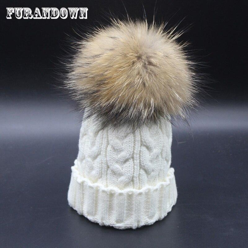 2018 Women's hats Skullies Beanies Winter Hats for women 18cm Big Raccoon Fur Pompom Hat Female Twist pattern caps