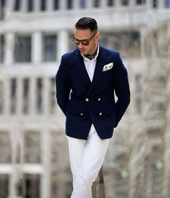 Navy Blue Double Breasted Men Blazer Smart Business Suit White Pants Classic Man Street Wear Groom Tuxedos Party Prom Suit 2 PCS