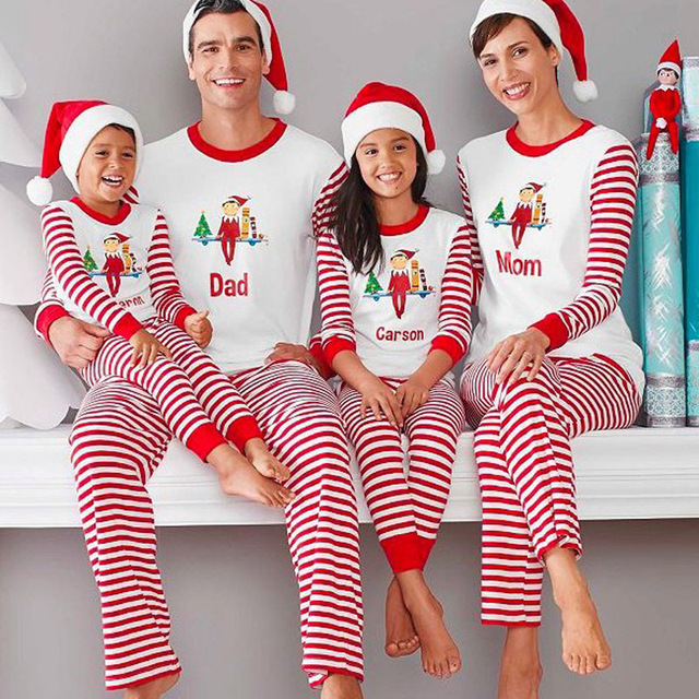 Family Christmas Pajamas Family Matching Clothes Matching Mother Daughter 2017 Fashion Father Son Mon New Year Family Look Sets