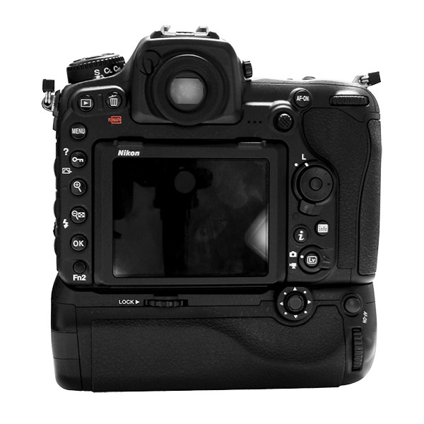 Pixel Vertax D17 Professional Battery Grip for Nikon D500 Compatible with EN-EL15 OR AA Battery ( Replacement for Nikon MB-D17) цена и фото